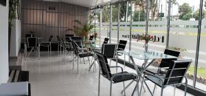hoteles cerca mision carismatica